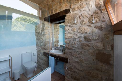 la-casa-galeria-interior-bany